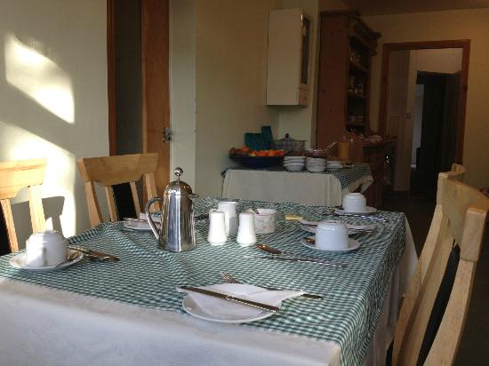 Acton Lodge Bed & Breakfast: Breakfast Room