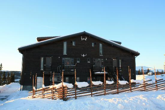 Are Mountain Lodge: Frontal view
