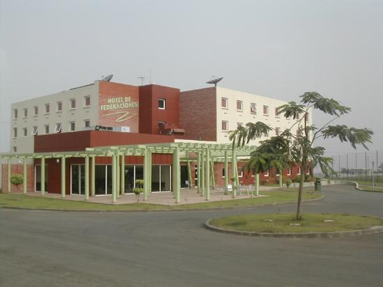 Hotel de Federaciones Malabo: Fachada del Hotel