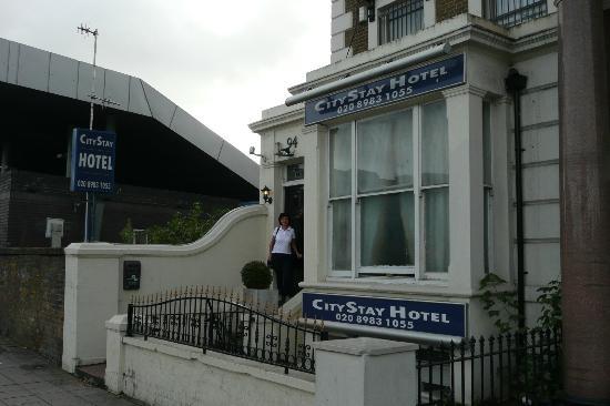 CityStay Hotel: Hotel entrance