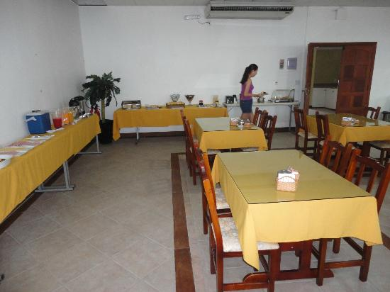 Hotel Balneario Cabo Frio: Café da Manhã
