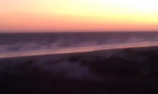 Ocean Isle Inn: Beautiful sunsets on the beach..