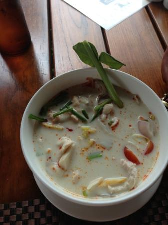Metadee Resort and Villas: Tom Kha Kai