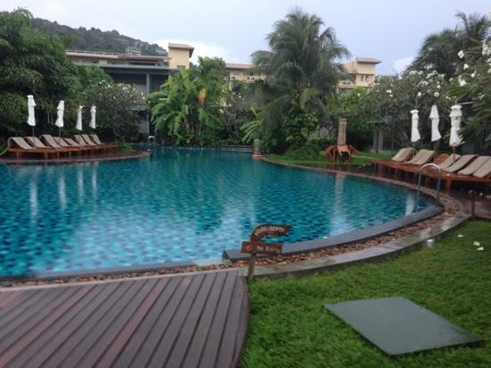 Metadee Resort and Villas: pool