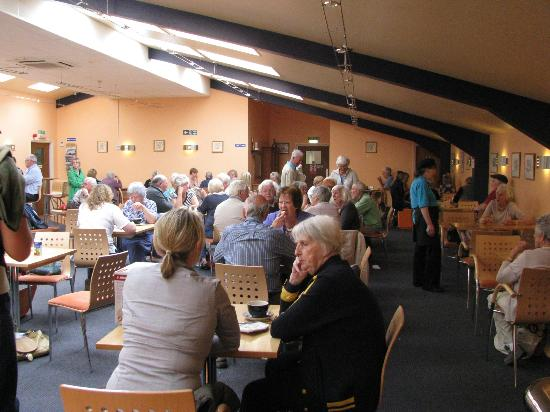 Shapes Restaurant at Aldiss: Scones all round!