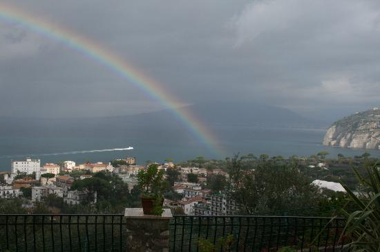 M Suites Sorrento: Rainbow over Bay of Naples
