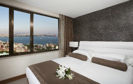 Richmond Hotel Istanbul: Bosphorus View Suite