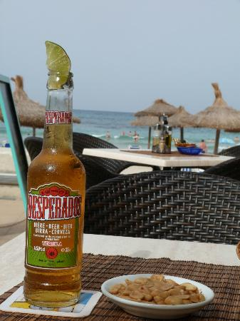 The Beach Bar: What else could you ask for :)