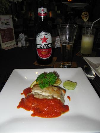 تاموكامي هوتل: Fischgericht Mahi-Mahi 