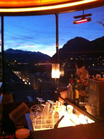 """Bar 360: la città attorno """"sale"""""""