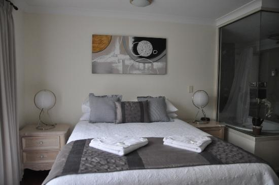 Forte Cape View Apartments: Chambre principale