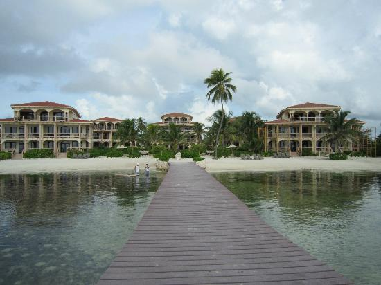 Coco Beach Resort: Coco Beach (from the dock)