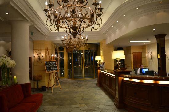 Parkhotel Beau Site: Lobby.