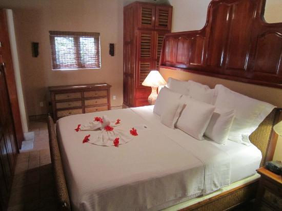 Coco Beach Resort: Casita bedroom