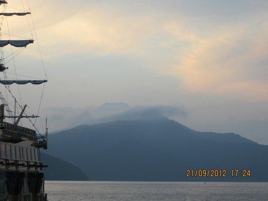 Fuji Hakone Izu National Park: Mt Fuji at sunset