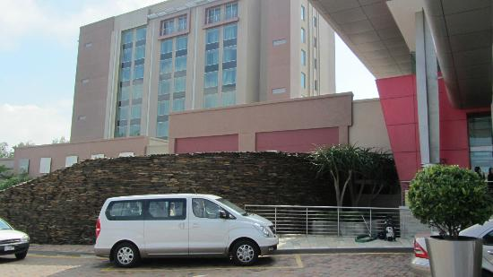 Crowne Plaza Johannesburg - The Rosebank: the building itself