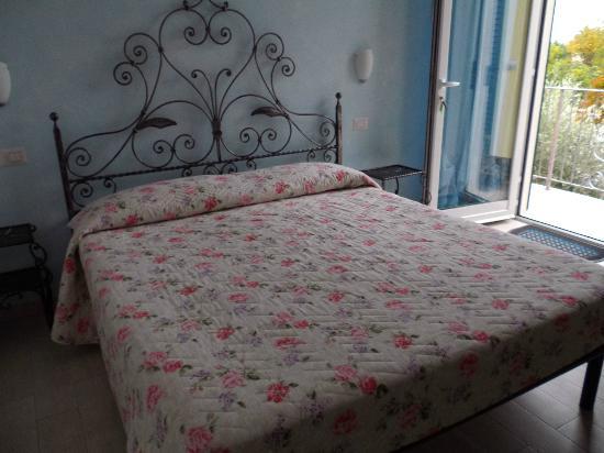 Giglio del Conero bed & breakfast: Ogni stanza un gioiello