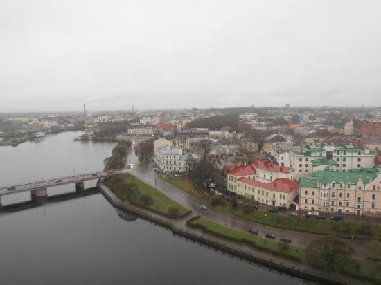 Druzhba: Вид с башни замка