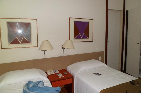 Tulip Inn Copacabana: La habitación doble twin