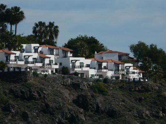 Hanging onto the cliffs bild von hotel jardin tecina for Hotel jardin tecina la gomera