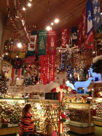 Bronners Christmas Ornaments.Christmas Ornament Overload Picture Of Bronner S