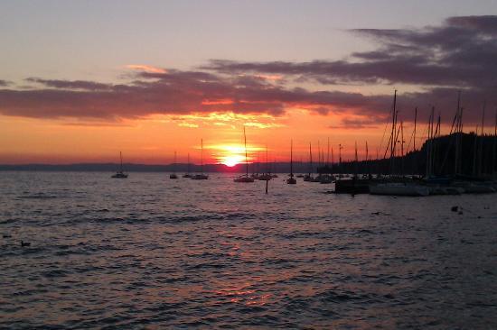 Garda Sunset - Bild von Hotel Excelsior le Terrazze, Garda - TripAdvisor