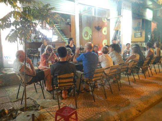 My Way Cafe & Restaurant : happy