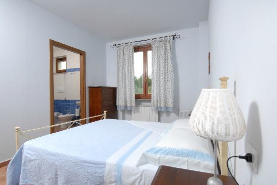 Nonna Rana Holidays Apartments: A room