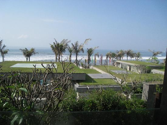 Pandawa Beach Villas & Spa: view while having breakfast