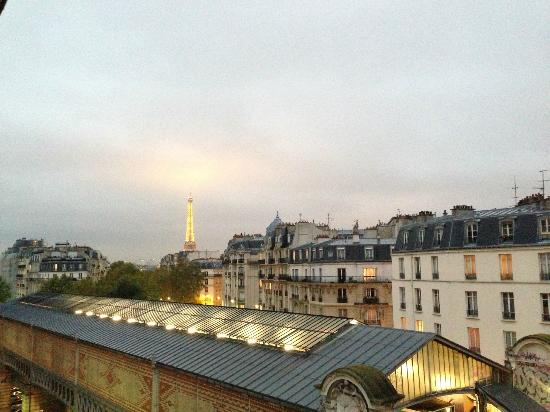 Hotel Sublim Eiffel : view from the balcony