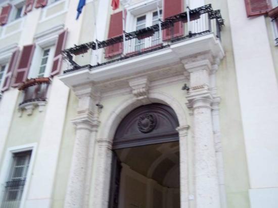 The Royal Palace : Palazzo Vice Reggio entrance