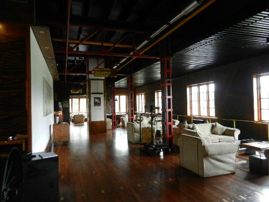 Heritance Tea Factory: View of the lobby