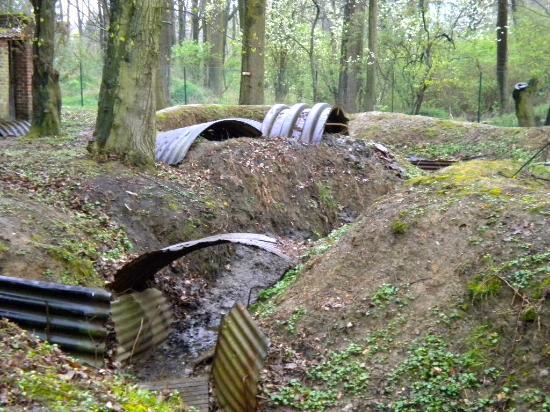 Kasteelhof 't  Hooghe: Tunnels