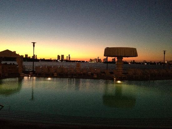 Mondrian South Beach Hotel Piscina Ao Por Do Sol