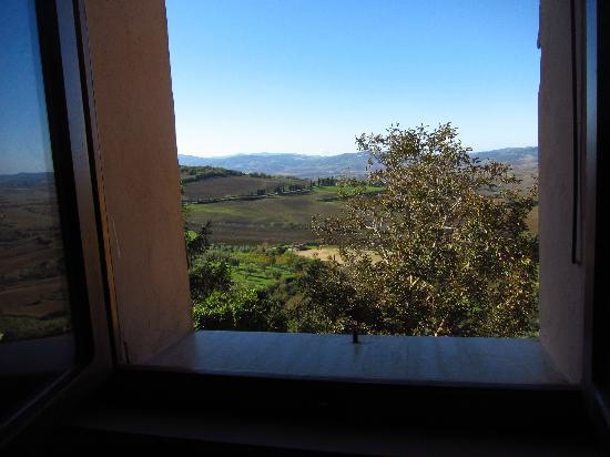 Casa del Nocio: aprendo la finestra...