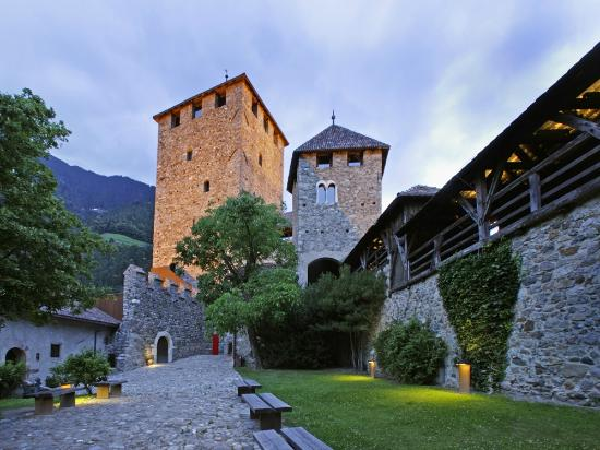 Castle Tyrol South Tyrolean Museum of Culture and Provincial History