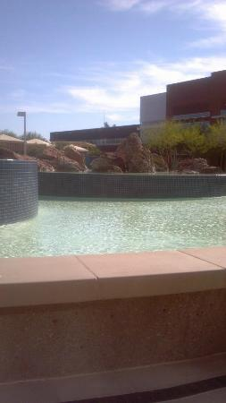 Talking Stick Resort: Sitting area by the pool...