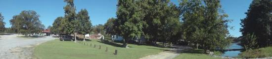 Bay Springs Country Inn & Campground: Campground