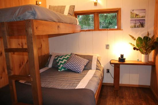 Hush Boutique Accommodation: Inside Hideaway Studio Cabin