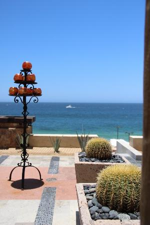 The Resort at Pedregal: Lobby View