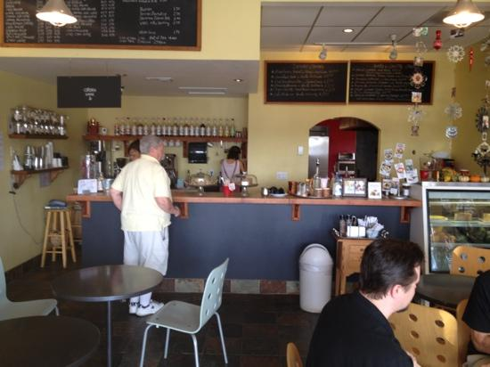 Peaberry & Galette: great little place, good coffee,nice vibe, friendly service