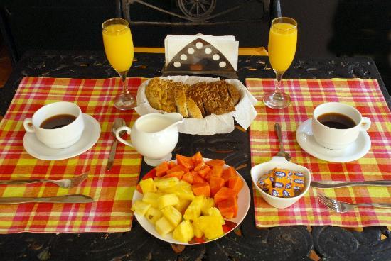Suite Colonial: Desayuno