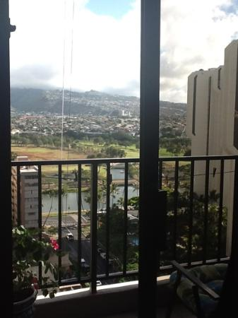 Waikiki Banyan: view from lanai. we love it here!