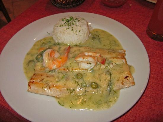 Camino Real Aparthotel & Spa: Cena en la Tranquera: trucha del Titicaca