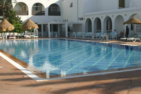 Marhaba Royal Salem: middle pool
