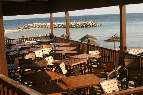 Marhaba Royal Salem: beach bar area