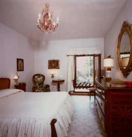 Quattro Fontane Hotel : Guest Room