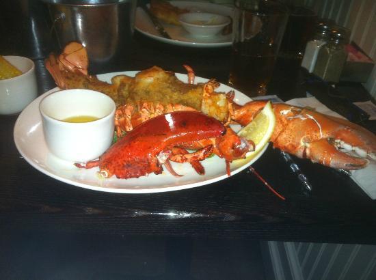 Fishbones in the Village: 2 lb+ Lobster dinner!