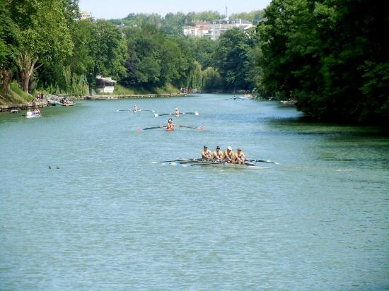 Val-de-Marne, France : A regatta on the Marne in Le Perreux-sur-Marne