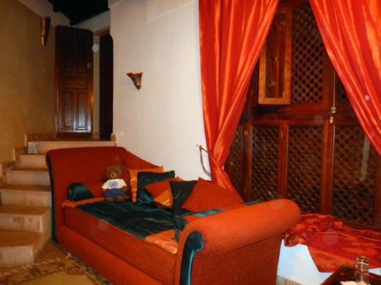 Riad Zolah: room